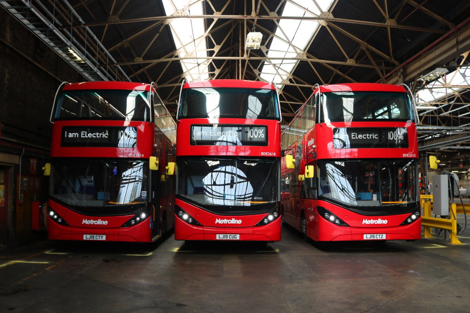 BYD ADL tops 100 electric double deck sales in UK with